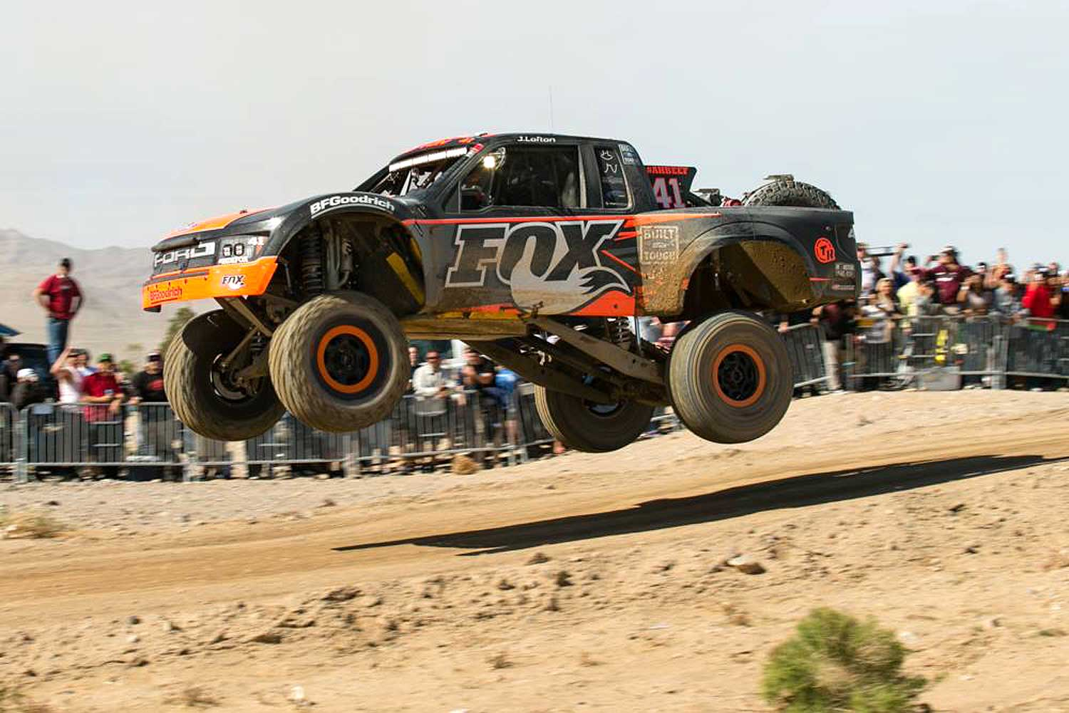 The Mint 400: FOX offers 10 000 USD for Overall Winner of